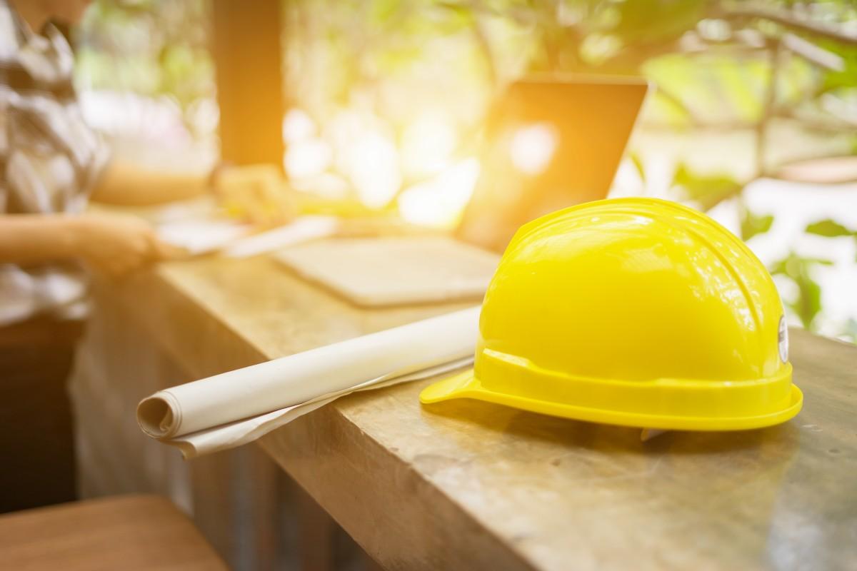 El empleo vuelve a crecer en mayo tras el gran impacto del coronavirus. La construcción, el sector que más tira del empleo.